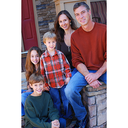 family-4-r